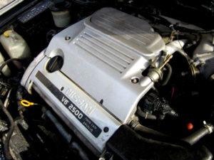 Nissan VQ25DE / Renault V4U