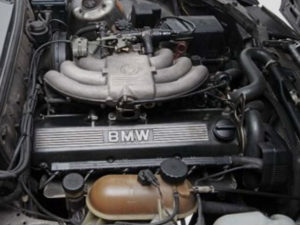 BMW M20B25 engine